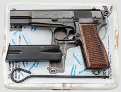 45 Caliber Pistol, Revolver Rifle, Weapons Guns, Guns And Ammo, Military Guns, Military History, Hand Cannon, Gun Art, Revolvers