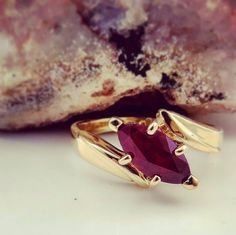 #Perfection comes in many #shapes 😍 .  .  .  .    #marquise #ruby #red #gemstones #preciousstones #gold #yellowgold #ring #diamond #diamondring #burma  #custom #custommade #diy #jewelry #wednesday #beauty #sparkle #vintage #rock #photography #wedding #love #bride #anniversary #inspiration #love #shesaidyes
