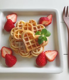 Think Food, I Love Food, Good Food, Yummy Food, Comida Disney World, Cute Desserts, Cafe Food, Aesthetic Food, Food Cravings