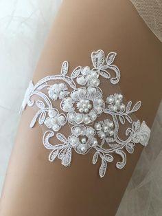 White Wedding Garter, White Bridal, Bridal Lace, Bride Garter, Lace Garter, Barefoot Sandals Wedding, Wedding Consultant, Bridal Gifts, White Lace