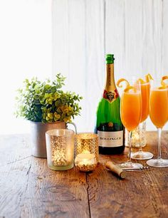 The spritz was the drink of 2016 and this Italian twist on the traditional buck's fizz is a great way to give a nod to that trend on Christmas morning. The Aperol lends a great colour and bitter edge to this classic Prosecco Sparkling Wine, Prosecco Cocktails, Sparkling Drinks, Fun Cocktails, Champagne, Cocktail Parties, Fun Drinks, Beverages, Mimosa Cocktail Recipes
