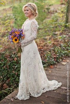 10 Celebrity Wedding Dresses Perfect For A Rustic Wedding