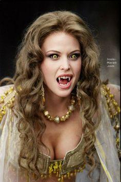 """Josie Maran as Marishka in """"Van Helsing"""""""