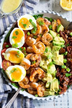 Shrimp Cobb Salad with Lemon Garlic Vinaigrette {Paleo, Perfectly seasoned grilled shrimp with bacon, tomatoes, avocado and eggs makes the best BBQ ready Cobb salad for summer! Paleo and compliant. Whole Foods, Paleo Whole 30, Whole Food Recipes, Egg Recipes, Paleo Menu, Paleo Dinner, Healthy Chinese Recipes, Healthy Recipes, Whole30 Recipes