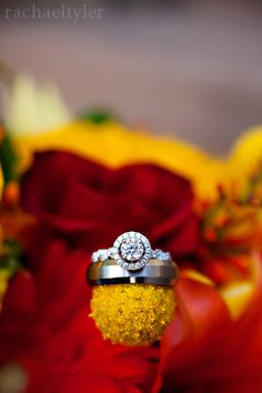 wedding ring photo - must have