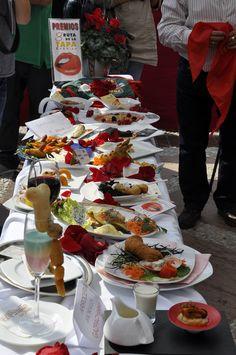 """Every year Fuengirola celebrates its Erotic Tapas Route. In 2012, from 1st to 18th november, participants can enjoy gastronomic and funny creations by 80 restaurants. Tapas+drinks only cost 2 euros. Cada año Fuengirola organiza su Ruta de la Tapa Erótica. En 2012, del 1 al 18 de noviembre, los participantes podrán disfrutar de 80 divertidas y """"picantes"""" creaciones gastronómicas y optar a premios, a sólo dos euros tapa + bebida Benalmadena, Tapas, Costa, Events, Sun, Door Prizes, November, Restaurants"""