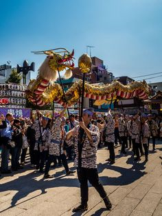 Asakusa Golden Dragon Dance 2/11 In front of Hozomon Gate. #Asakusa, #Golden, #Dragon, #dance, #Sensoji, #Nakamise, #Hozomon October 18, 2014 © Grigoris A. Miliaresis