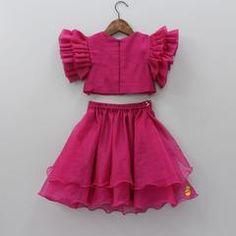 Girls Frock Design, Baby Dress Design, Kids Frocks Design, Baby Frocks Designs, Frock Models, Blouse Models, Baby Girl Dresses Diy, Girl Outfits, Indian Dresses For Kids