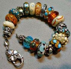 Trollbeads! This is not my Trollbead design, but I like it! cs Pandora Beads, Pandora Bracelets, Pandora Jewelry, Gypsy Jewelry, Heart Jewelry, Jewlery, Troll Beads, Bracelet Display, Lampworking
