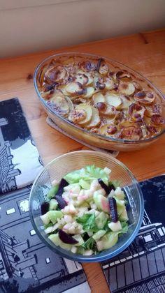 Naudanpihvipataa ja päärynäsalaattia