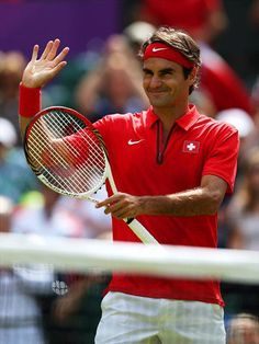 Roger Federer: favorite tennis/sports player :)