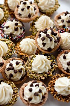 Cannoli Bites - 15 Most Famous Italian Desserts | GleamItUp