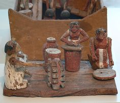 Kitchen model; workers grinding, baking and brewing; 12th dynasty, 2050-1800 BC. Egyptian Museum Berlin, Inv. 1366