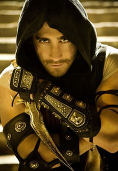 Jake Gyllenhaal in Prince of Persia: The Sands of Time. The dagger, the armor, the eyes...