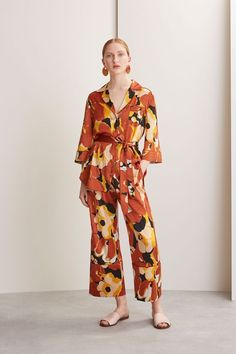 See the complete Whistles Pre-Fall 2017 collection. ** Click on the image for additional details. #TopFashion