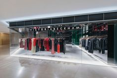 ✔️(2017-Mar.) Visited The Victoria Beckham store in Hong Kong. —one absolutely high-end luxury store w/ absolutely friendly clerks. Finally visit my idol's store in HK.