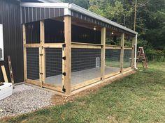 Dog kennel outdoor dog area, outdoor dog kennel, diy dog run, kennel ideas Cheap Dog Kennels, Diy Dog Kennel, Kennel Ideas, Outdoor Dog Kennels, Build A Dog House, Dog House Plans, House Dog, Diy Dog Run, Diy Dog Yard