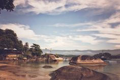 Agradeço a #Deus por todas as #dádivas em minha vida, pelas pessoas #maravilhosas com quem convivo e que cruzam meu caminho, pelos conhecimentos magníficos que tive acesso nesse ano e principalmente pela minha #liberdade  Obrigada a todos pelo carinho e #quevenha2017 repleto de #alegria #amor #saúde #prosperidade e #autoconhecimento #felizanonovo #reveillon #angra2017 #praia  #Amazing #landscape #Angra #RiodeJaneiro #Brasil