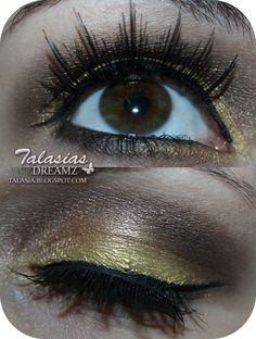 Gold Brown Eye Make Up - Datum: 25.12.2011  http://talasia.blogspot.de/2012/01/christmas-make-up-mit-kkcenterhk.html