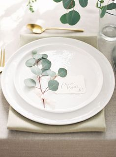 eucalyptus wedding table details / http://www.deerpearlflowers.com/greenery-eucalyptus-wedding-decor-ideas/2/