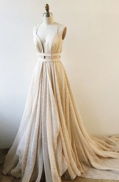 A-Line Deep V-Neck Court Backless Lace Prom Dress With Sash TP0007