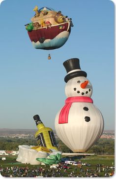 Looks like Frosty is enjoying the party! -Specially shaped Noah's Ark and snowman balloons Albuquerque Balloon Festival, Air Balloon Festival, Flying Balloon, Balloon Rides, Balloons Galore, Helium Balloons, Air Ballon, Hot Air Balloon, Animal Decor