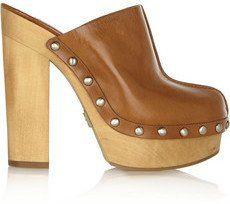 Pin for Later: Diese Schuhe passen am besten zu einer Schlaghose  Michael Kors Leder-Clogs Perri mit Plateau (495 €)