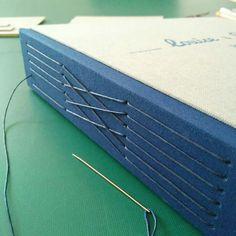 Long stitch photo album. Wedding book / Album de fotos con costura vista al lomo de puntada larga. Libro de boda