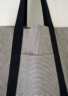 Turn dirt-hiding denim stripes and neutrals into strong, useful bags for shopping and beyond with this railroad tote tutorial! Turn dirt-hiding denim stripes and neutrals into strong, useful bags for shopping and beyond with this railroad tote tutorial! Sewing Tutorials, Sewing Crafts, Sewing Projects, Sewing Patterns, Bag Patterns, Tote Pattern, Tape Crafts, Sewing Tips, Tote Bag Tutorials