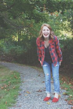 Red and black flannel, boyfriend jeans, red Toms, fall outfit! - Lydia Lois // Style Blogger