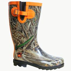 Realtree Girl Max 5 Camo Jo-Jo Rain Boot I so want these! Muck Boots, Cowgirl Boots, Rain Boots, Shoe Boots, Camo Outfits, Cute Casual Outfits, Camo Shoes, Over Boots, Hunting Camo