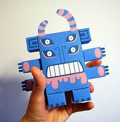 Stomper - Papertoys - GraphToyz : blog sur les art toys, designer toys et 200 papertoys gratuits