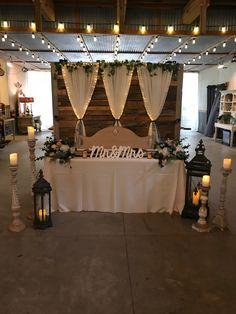 Fall Wedding, Rustic Wedding, Our Wedding, Dream Wedding, Wedding Ideas, Sunflower Wedding Decorations, Outdoor Wedding Decorations, Holiday Centerpieces, Wedding Table Centerpieces