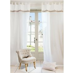 St Germain net curtain 270 x 105 £30