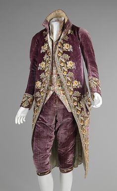Purple Velvet Court Suit from 1810  (The Metropolitan Museum of Art)