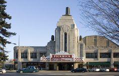 Pickwick Theatre Park Ridge, IL 60068
