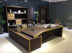 Buying Very Cheap Office Furniture Correctly Table Office, Office Table Design, Office Furniture Design, Office Interior Design, Office Interiors, Home Interior, Office Designs, Executive Office Desk, Modern Office Desk