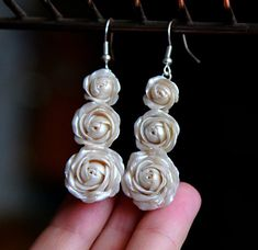 Pearl rose earrings Floral jewelry White rose dangle earrings Polymer clay earrings Dangle floral earrings Handmade earrings White roses