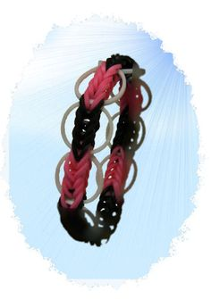 Rubber Band Bracelets - A great blog for How to make Rubberband Bracelets even with Videos.