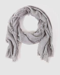 Fular de lana en color gris