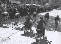 centenariojuanlopez @centenariojuanl  28 de feb. La foto de hoy. Prueba ciclista en la avenida Alfonso X