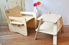 100%木製。板状パーツを組み立てるGypsy Wagonのテーブル&チェア [T-SITE] もっと見る