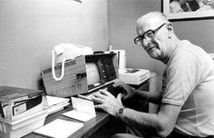 Arthur C. Clarke in Sri Lanka, early 1980s, with his Kaypro II computer and modem