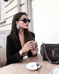Fashion Style Luxury Chic 34 Ideas For 2019 Mode Outfits, Fashion Outfits, Womens Fashion, Fashion Tips, Fashion Trends, Girl Fashion, Fashion Style Women, Travel Outfits, Fashion Belts