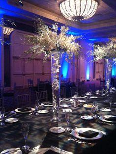Beautiful wedding flower arrangement....very classy and elegant.