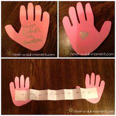 cute hug craft from: http://terrellfamilyfun.com/2013/05/mothers-day-kids-crafts/