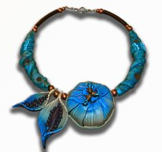 Statement necklace in polymer clay and wire wrap #polymer #clay #necklace