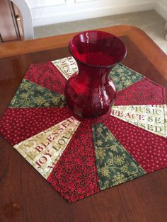 Christmas, Dresden Plate, Quilted Red & Green Hexagon Table Topper, Candle Mat - Reversible