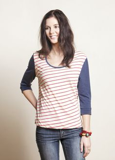 Free pattern from Peppermint magazine for you. This super comfy box-cut tee with three quarter sleeves is perfect for all seasons. Pattern by Maddie Taylor from The Stitchery.