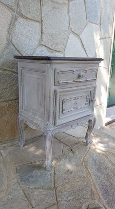 French Linen, lavaggio Paris Grey e Old White Annie Sloan Chalk Paint www.ilparadisodisilvia.com